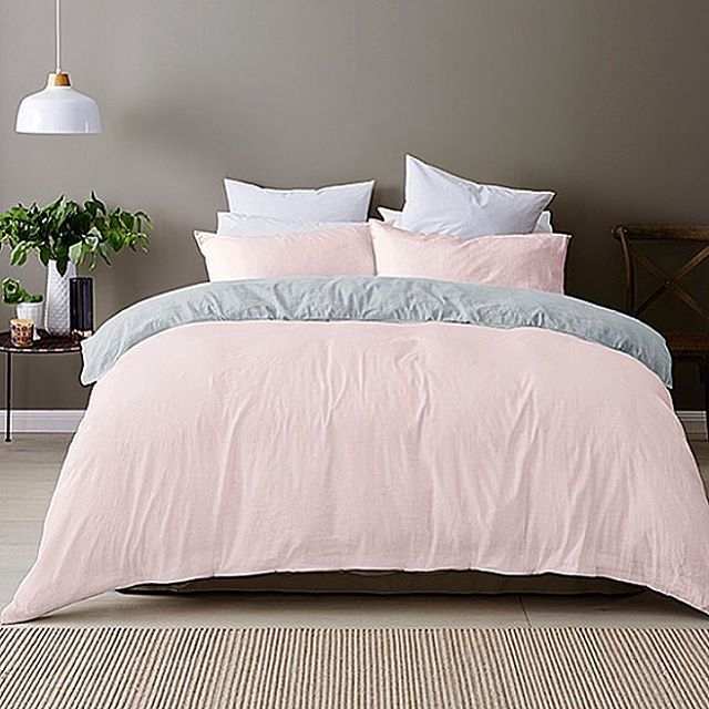 Obsessing about this linen quilt cover set in pink from @targetaus fully…