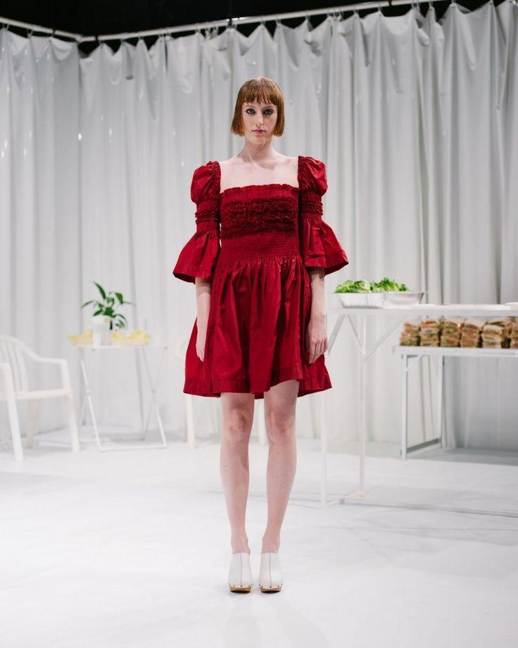 Molly-Goddard-spring-2016-fashion-show-the-impression-006-819x1024.jpg
