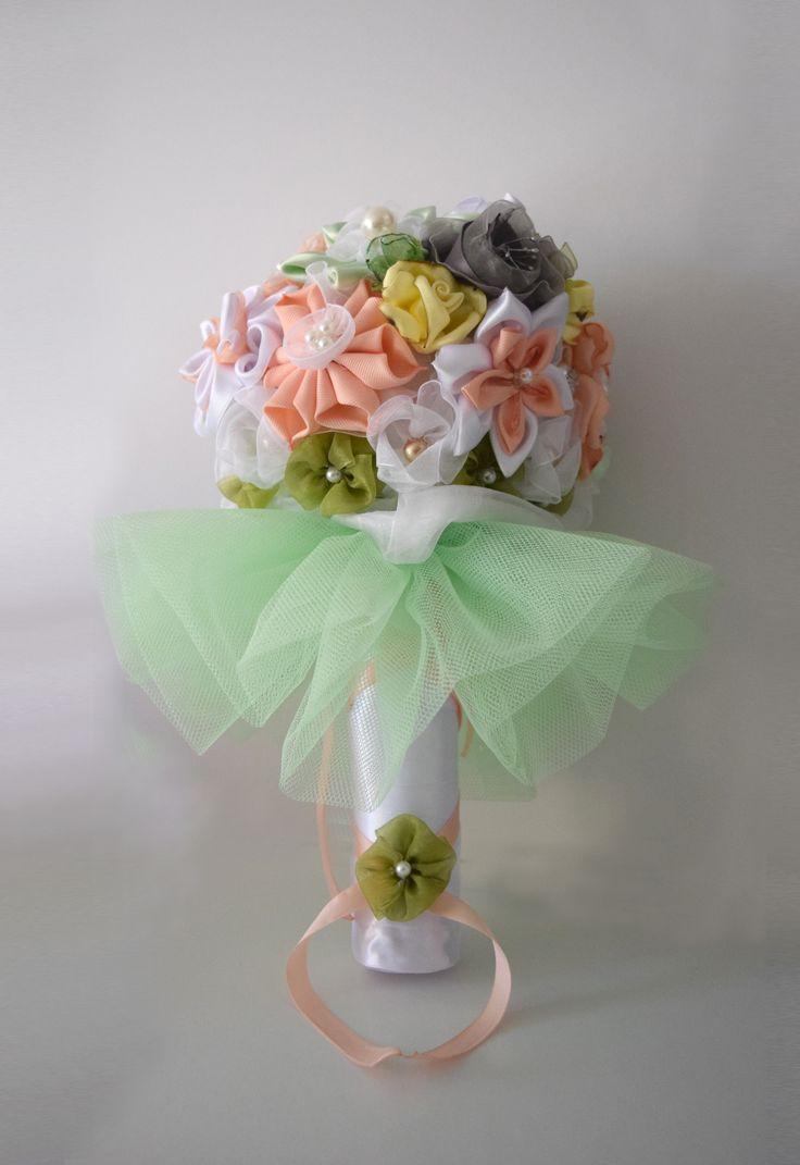 Ramo de flores kanzashi