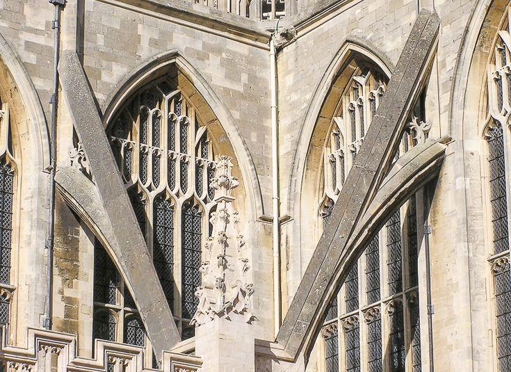 Un arco arbotante o simplemente arbotante, es un elemento estructural exterior con forma de medio arco que recoge la presión en el arranque de la bóveda y la transmite a un contrafuerte, o estribo, adosado al muro de una nave ...