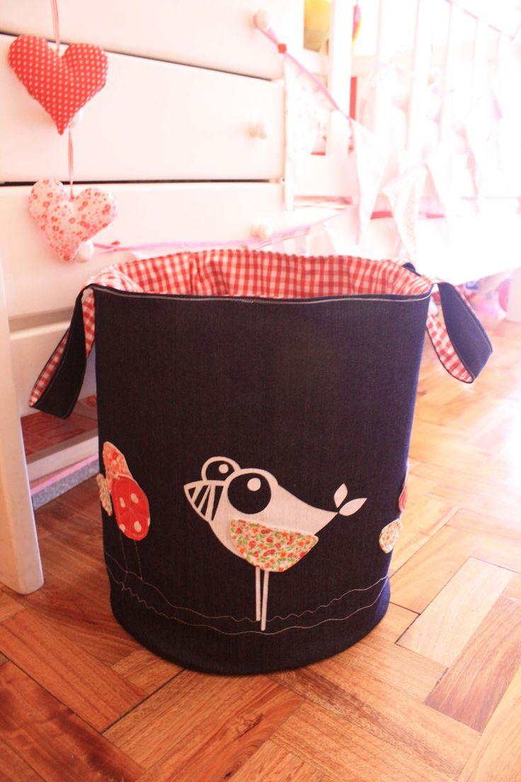 Guarda Chiches // bolsas para guardar juguetes, $140 en http://ofeliafeliz.com.ar