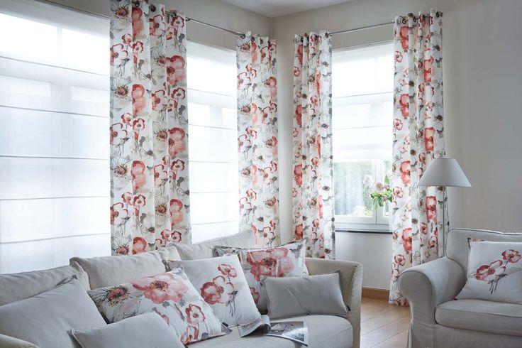 Rideaux tissu à motifs fleuris Florentis et voilages blancs