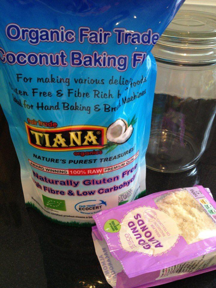 Coconut & Almond Flour Waffles | Paleo/Primal | Pinterest