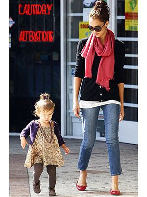 1000 Ideas About Jessica Alba Casual On Pinterest