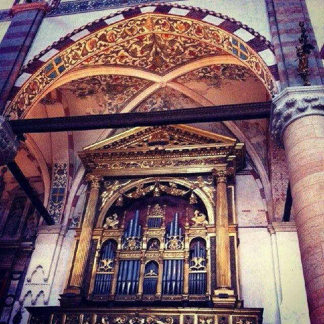 Basilica di Sant' Anastasia, Verona #Italy. #gothic #gotica #art #arhitecture
