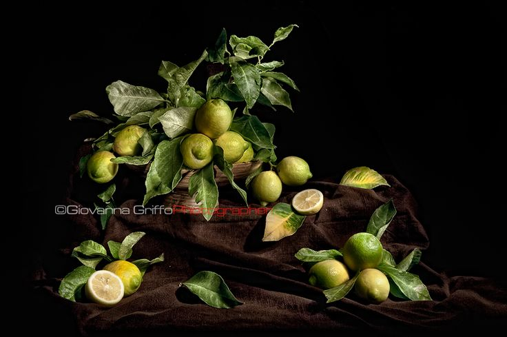 Lemons mad for light  https://www.facebook.com/GiovannaGriffo.Photographer