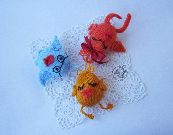 Easter Chicken eggs  knitting pattern knitted by simplytoys13