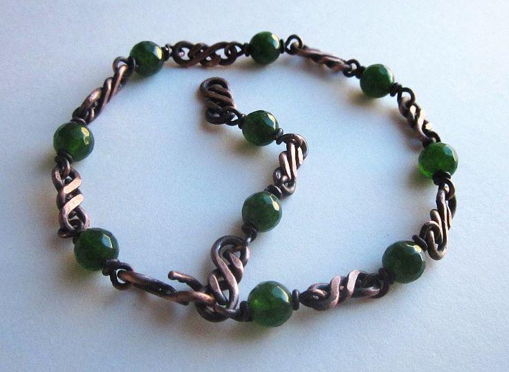 Bransoleta z zielonymi jadeitami w EyeBright na DaWanda.com