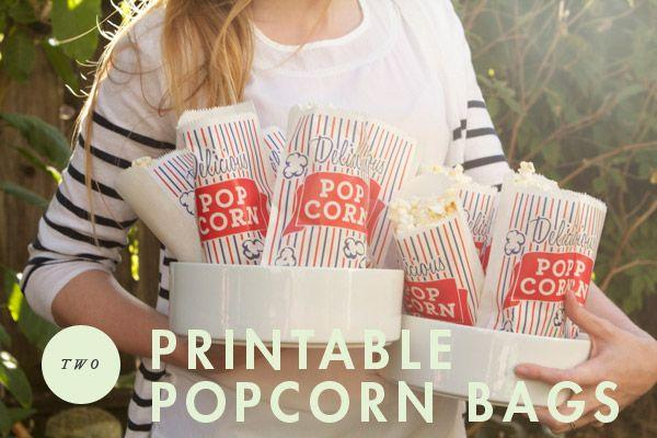 movienight3Popcorn Bags Printables, Free Popcorn Printables, Night Popcorn, Movienight, Outdoor Movie Night Ideas, Movie Birthday Ideas, Outdoor Movie Night Food, Outdoor Movie Nights, Movie Night Parties