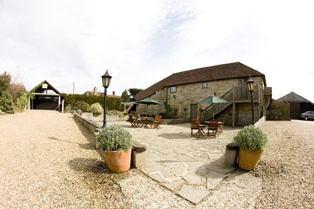Swallows Oast, a beautiful rustic barn in Sussex, ideal for weddings! www.swallowsoast.co.uk