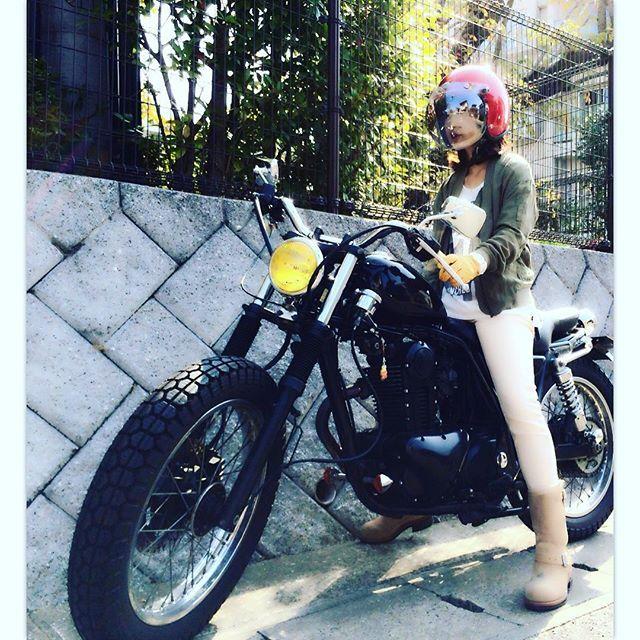 オシャレのためなら寒さも我慢とか言うとられんがな‼︎ 電熱ウェアのおすすめ教えて下さい  #250TR #バイク女子
