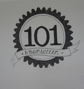 een stand voor een laag doelgroep in de markt. 101 woonideen vanwege de samenwerking met Leen Bakker. Leen bakker is een winkel met goedkope/betaalbare meubelen en accessoires