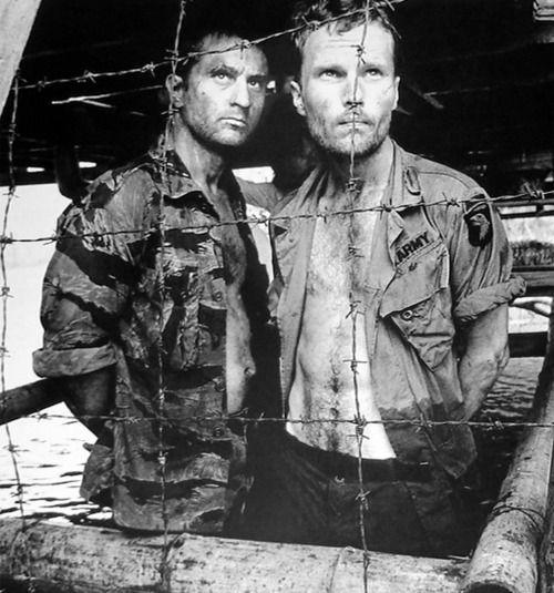 Bob De Niro & John Savage - The Deer Hunter (1978)