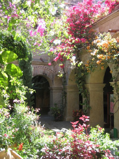 I want to get remarried just to have my wedding photos taken here..: Courtyards Gardens, Secret Gardens, Dream, Color, Arches, Oaxaca Mexico, Columns, Flower Gardens, Weights Loss