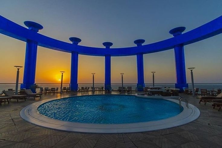 Enjoying the sunset scene has another meaning at the Sky Lounge of Rosewood Jeddah  Follow: @luxuryhotelpix -  @im03th |  @rwjeddah -  Tag #luxuryhotelpix to be featured - #luxuryhotel  #travelgoals