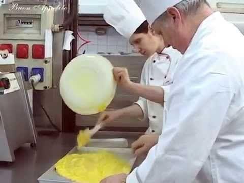 Buon Appetito.Tv - Maestro Iginio Massari prepara la Crema Pasticcera
