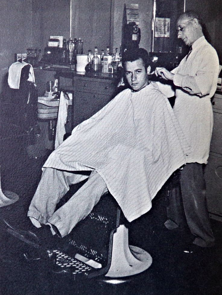 3 Chairs And A Barber