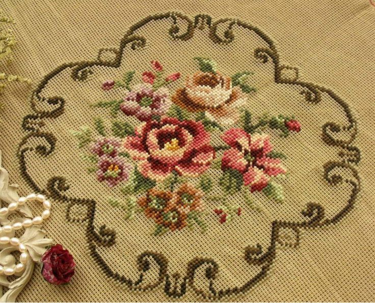 Needlepoint Roses w Scrollwork...