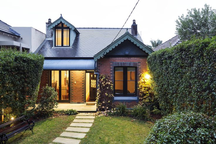 Large cottage like home behind a gated, hedged garden entry | 13 Manning Street, Queens Park
