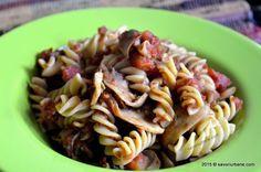 Paste cu ciuperci si rosii - reteta Dieta Rina pentru ziua de carbohidrati (carbo). Un meniu consistent si foarte satios, nici nu iti dai seama ca esti la