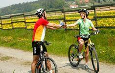 Die leicht hügelige Landschaft rund um Loipersdorf ladet dazu ein, die Umgebung mit dem Rad zu erkunden.