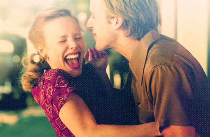 """""""El mejor tipo de amor es el que despierta el alma y nos hace aspirar a más, que planta un fuego en el corazón y trae paz a la mente. Eso es lo que tú me has dado y lo que yo espero darte para siempre"""".- The Notebook"""