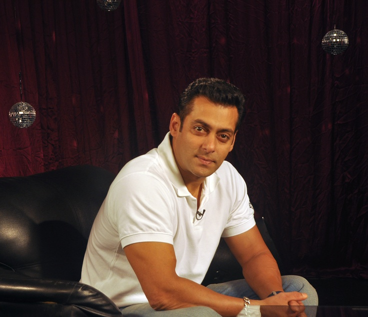 One and only Salman Khan.     #salmankhan #zoomtv #bollywood