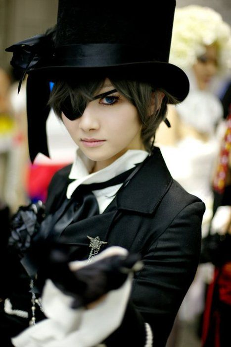 Black Butler - Ciel  Now that's the imperious Phantomhive stare we're after!---It's so accurate!