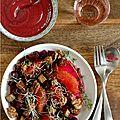 Salade de betterave rouge, pamplemousse rose, tofu laque, noix de grenoble grillees, parfumee de ciboulette & de thym frais