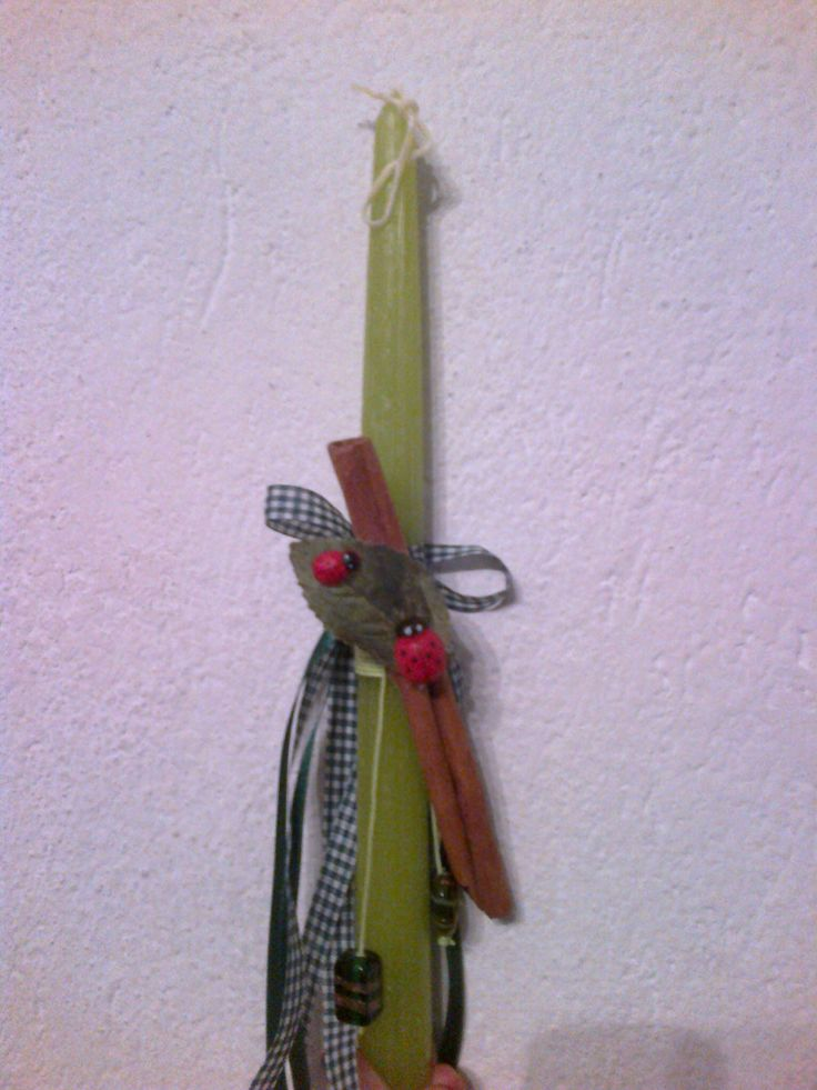 Handmade Easter candle green cinnamon