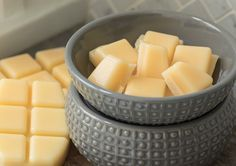 Making natural scented wax melts at home couldn't be easier, and with this special key ingredient, they will even purify and clean the air that you breathe!