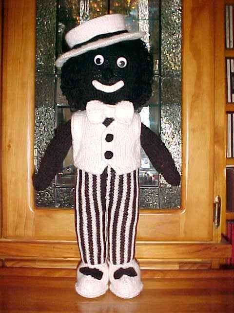 Knitted Golliwog Pattern : 17 beste afbeeldingen over barbie dolls and bears golliwogs op Pinterest - Ba...