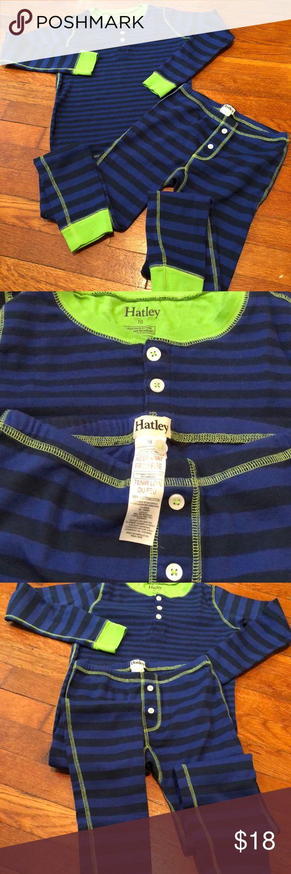 Boy's Hately pajama set. Size 10 Excellent condition  Worn once No signs of wear Super cute comfy boy's pj's Hatley Pajamas Pajama Sets