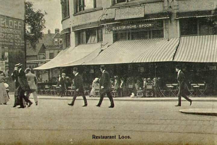 Cafè-Restaurant loos (station Hofplein) aan de Hofplein 1908