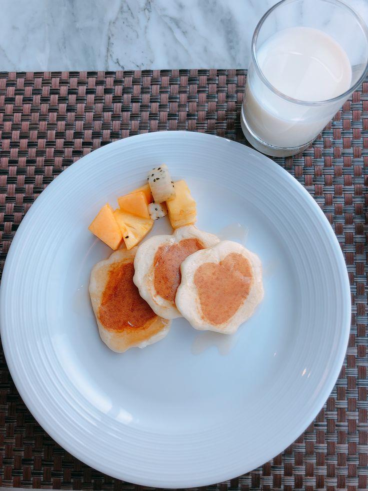 Mini Pancakes & Milk in 2020 Food, International recipes