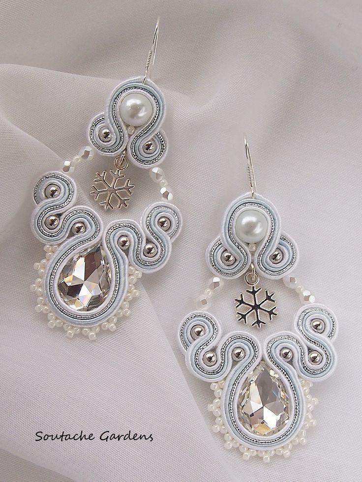 Snowflake soutache earrings