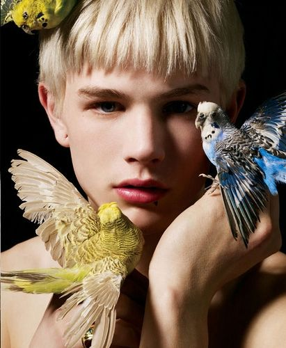 weird androgynous boy with 'keets