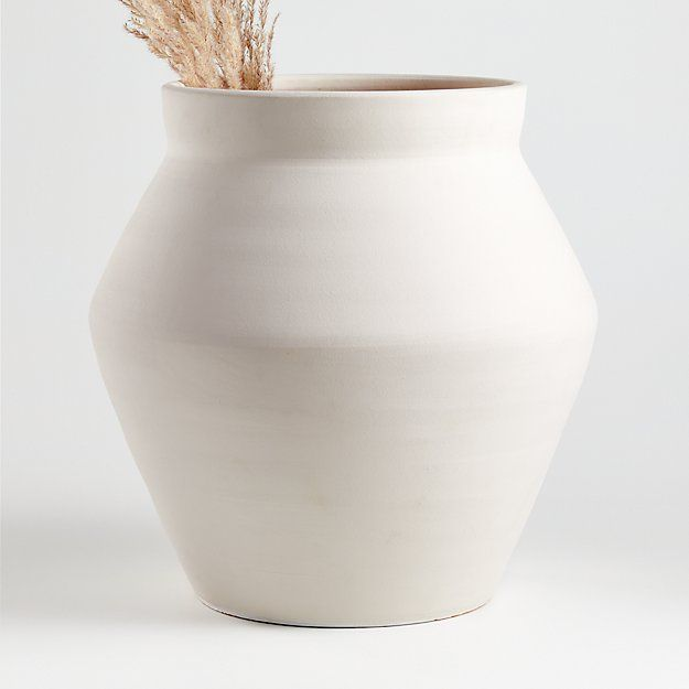 White Wabi Floor Vase Reviews Crate And Barrel In 2020 Crate And Barrel Vases Decor Crate And Barrel Style