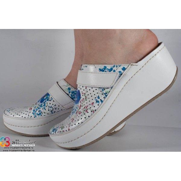 Saboti/Papuci albi cu flori din piele naturala dama/dame/femei (cod 666F)