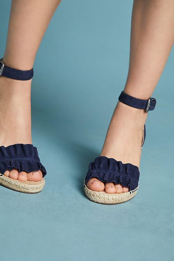 c63c371188d Splendid Bedford Ruffle Wedge Sandals | Style Inspiration | Wedge ...