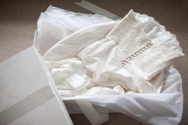 A wedding dress must be stored properly if you want it to last. Learn how to clean and preserve a wedding dress, veil and keepsakes.