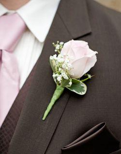 25 best ideas about pink boutonniere on pinterest buttonholes groomsmen wedding buttonholes. Black Bedroom Furniture Sets. Home Design Ideas