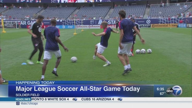Soccer fans flock to Soldier Field for MLS All-Star Game
