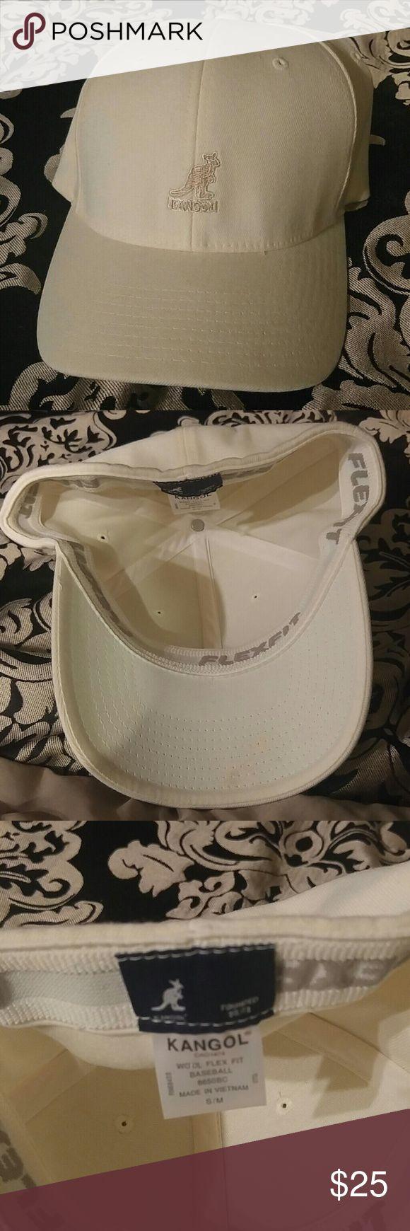 NWOT KANGOL BASBALL CAP SZ S/M CREAM COLOR NEW STORAGE KEPT Kangol Accessories Hats