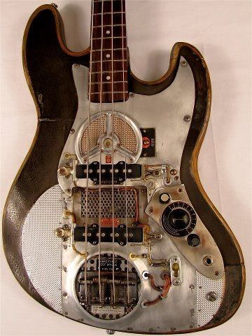 Oh my amazing bass.... Steampunk bass guitar(: