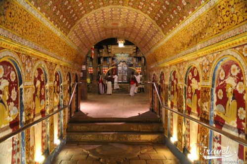 The Temple of the Sacred Tooth in Sri Lanka in Sri Lanka. Photography by Niki Clay @ travelproject.com.au