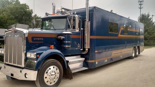 Photos Of Rvs Rv 2003 Peterbilt Rv Conversion For Sale In Alberta Arizona Ad Super C Rv Big Trucks Recreational Vehicles
