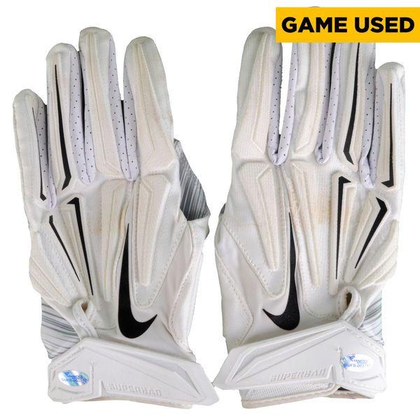 Josh Huff Philadelphia Eagles Fanatics Authentic Game-Used White Nike Pair of Gloves vs New England Patriots on December 6, 2015 - $149.99