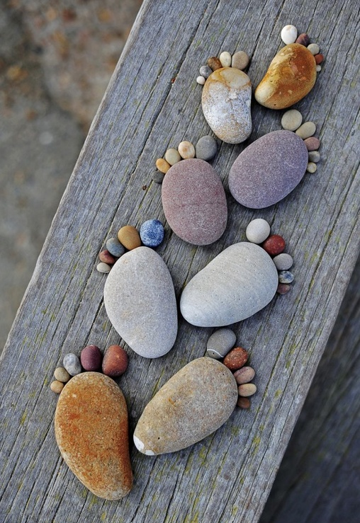 Steping Stones. This is so cute !!! I would glue them down :)