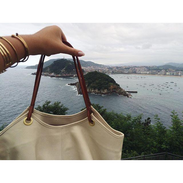 San Sebastián Rocks 🌲🌿  The Parchment Talega